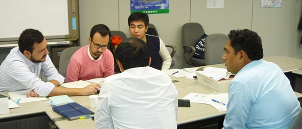 (photo-2) Trainees in Class